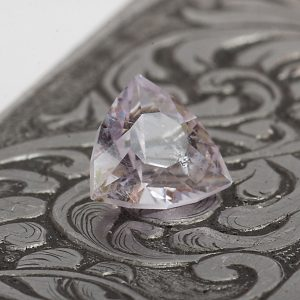 amethyst trillion gemstone